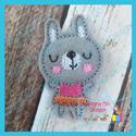 Bunny Girl Feltie