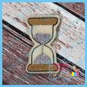 Hourglass Feltie